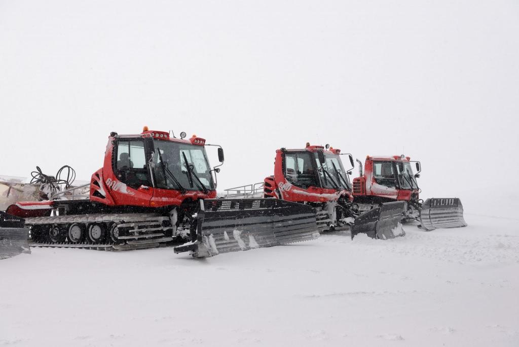 大型鏟雪車